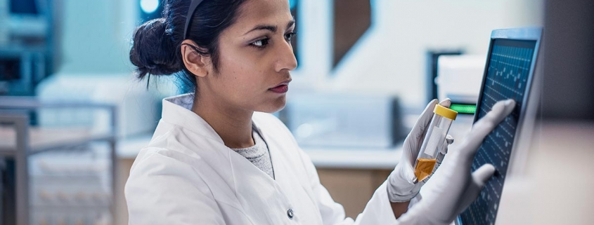 Female physician in lab Benefits of community-based clinical trials